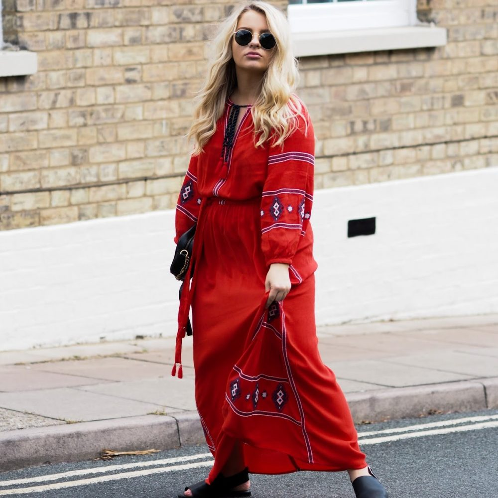 The Busy Girl's Guide To The Petite Maxi Dress