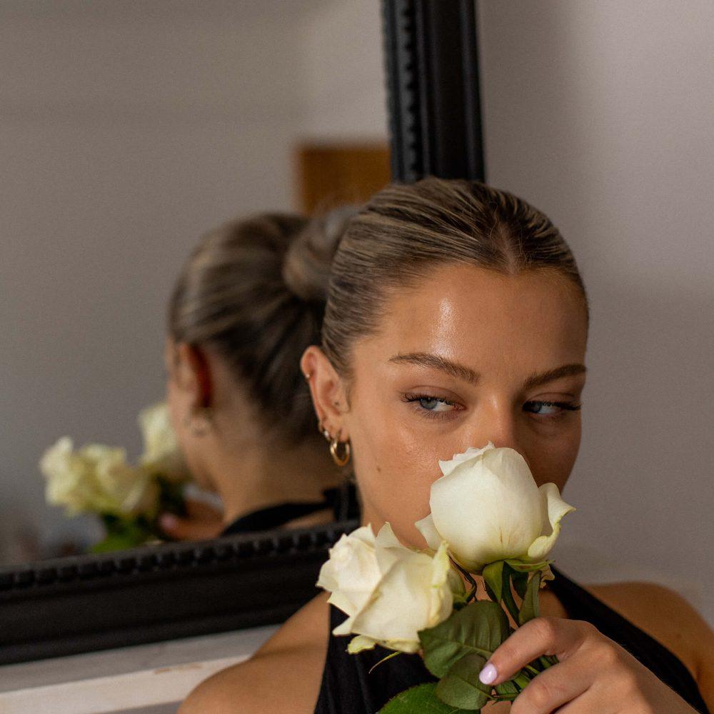 AMA: Why Do I Want To Keep My Engagement Secret?